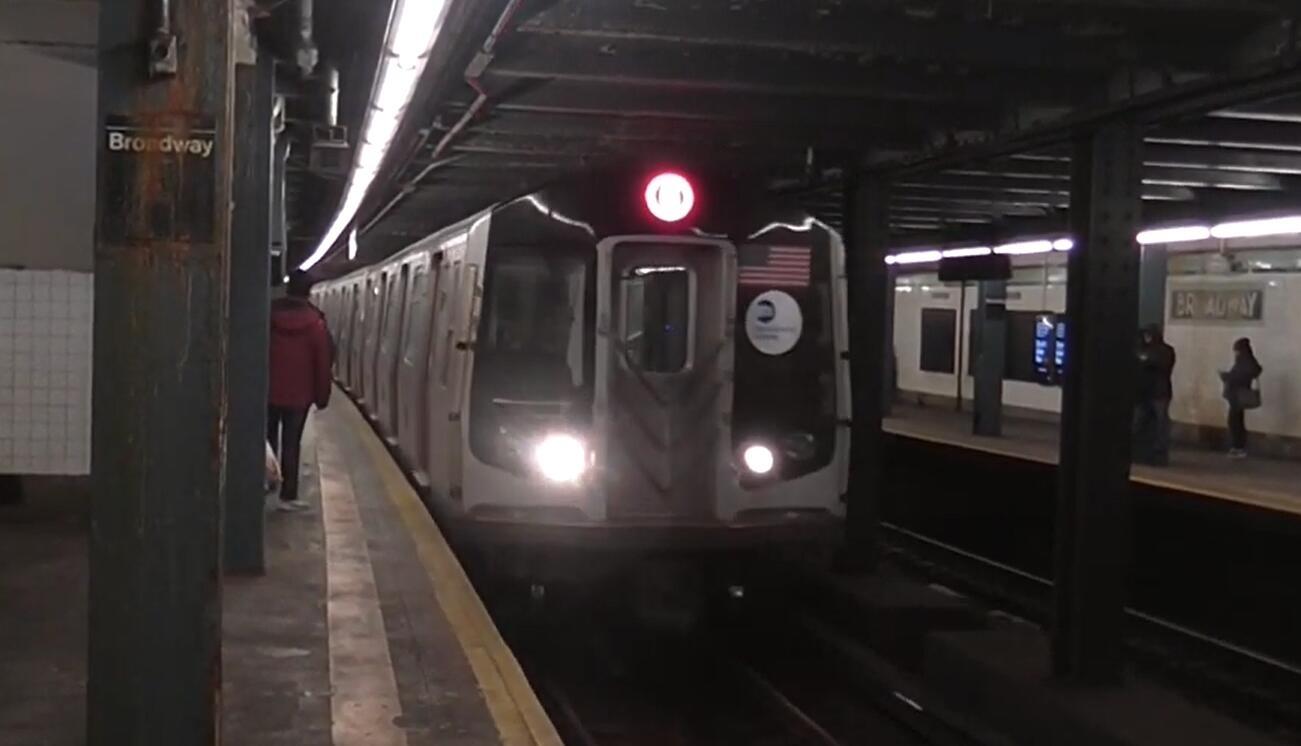 纽约市所有472个地铁站都安装了保安摄像镜